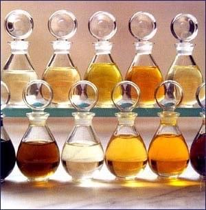 Diferentes aceites esenciales
