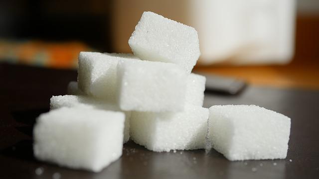 Sacarosa, disacárido compuesto por glucosa y fructosa