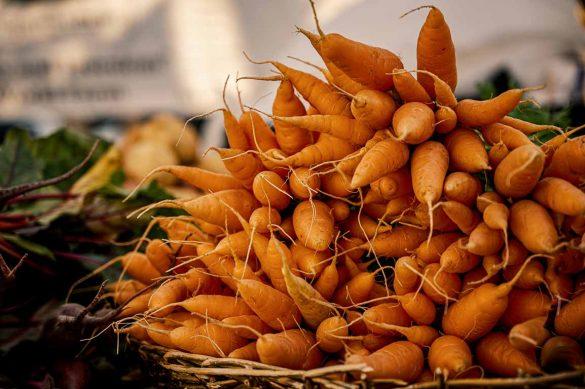Las zanahorias contienen muchas sustancias naturales para la piel
